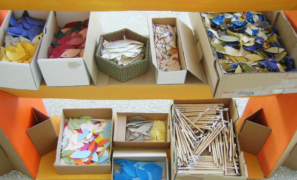 Materials for a creative workshop with paper